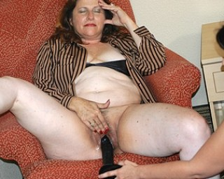 Mature mature-madness Big mama loves the fist and a big toy